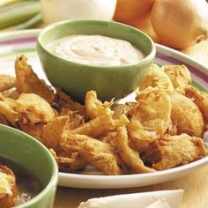 Deep-Fried Onions with Dipping ..{Taste of Home}..uses beer or non alcoholic beer, spices, and King Arthur's Flour.. this looks like it would be really good!