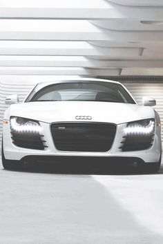 Audi R8 SUPER nice!! Let's go out for a cruise!