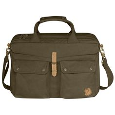 Rummelig og slidstærk rejsetaske i G-1000 HeavyDuty. Tasken er designet, så den er behagelig at bære, og har skulderremme, der kan pakkes væk.