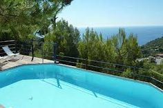 Book for a Family Holiday or a Luxury Retreat.