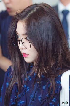 Reject the Binary (Search results for: velvet) K Pop, Red Velvet Irene, Beautiful Gorgeous, Seulgi, Ulzzang Girl, K Idols, Swagg, Korean Girl Groups, Girl Photos