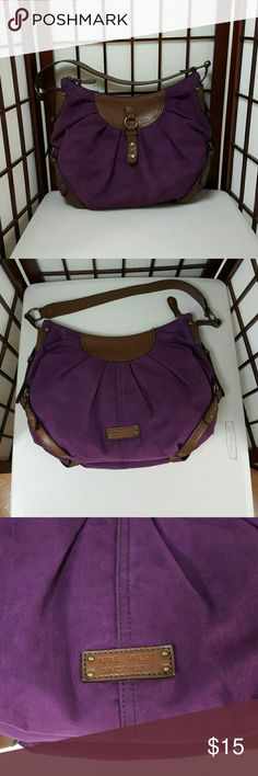 Nine West Since 1978 Purple Shoulder Bag *Pre-owned very gently used *Nine West bag inches length( see photos) Nine West Bags Shoulder Bags Fashion Tips, Fashion Design, Fashion Trends, Nine West, Designer Handbags, Clothing, Photos, Accessories