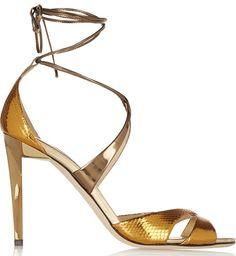 Sandales en serpent et cuir miroir Jimmy Choo http://www.vogue.fr/mode/shopping/diaporama/les-plus-belles-chaussures-sandales-escarpins-mode-pour-les-fetes-de-noel/24499#sandales-en-serpent-et-cuir-miroir-jimmy-choo
