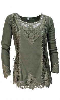 Cholera Vintage Victorian Lace Up Blouse In Green