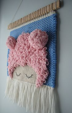 Sleepy Snuggler Beanie Babes Wall Weaving Loom Wall