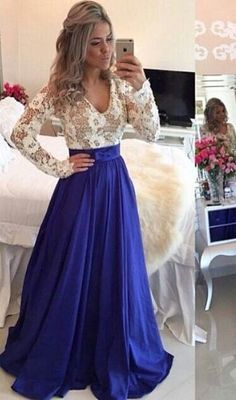 2016 Lace Long Sleeves Prom Dresses V Neck Sheer Open Back Beaded Evening Gowns