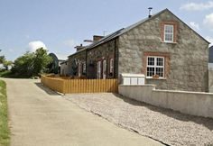 Aunt Rachel's Cottages, Bushmills, Moyle, Co Antrim (Sleeps 1-12) Self Catering Holiday Accommodation in Northern Ireland. Treat Yourself – Luxury – Travel – UK