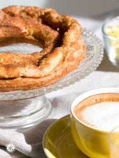 Eierkranz von Feiertäglich - eine leckere Mischung aus Pfannkuchen und Krapfen für den Ostertisch