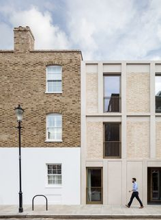 Haptic Architects completes contemporary apartment block in Chelsea conservation area - Architecture Diy Contemporary Stairs, Contemporary Cottage, Contemporary Apartment, Contemporary Decor, Contemporary Architecture, Contemporary Chandelier, Contemporary Building, Contemporary Wallpaper, Contemporary Landscape