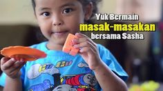Anak bermain Masak-masakan - Kids Playing Cooking Toys - bersama Sasha