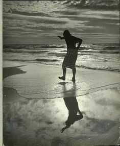 She reminded me of the sea; the way she came dancing towards you, wild and beautiful, and just when she was almost close enough to touch she'd rush away again. Photo by Edward Weston Edward Weston, History Of Photography, Modern Photography, Black And White Photography, Minimalist Photography, Color Photography, Great Photos, Cool Pictures, Henry Westons