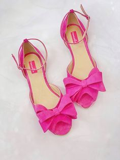 Balerini din piele   Pantofica.rofuchsia flat shoes for summer Flats, Sandals, Flat Shoes, Summer Shoes, Raspberry, Casual, Fashion, Loafers & Slip Ons, Bass Shoes