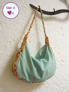 Hobo purse pattern and tutorial.