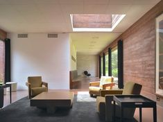 Embassy Ethiopia / Bjarne Mastenbroek and Dick Van Gameren I enjoy the small, intimate feeling of this space. It could very well be a home but it is an embassy with a sense of home. Warka Water, Gate House, Waiting Area, City Buildings, Ethiopia, Bricks, Netherlands, Van, Architecture
