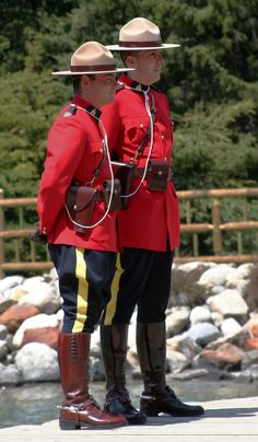 royal canadian mounted police1 The Royal Canadian Mounted Police (Mounties)
