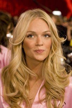 Beautiful hair. Victoria's Secret Babe.