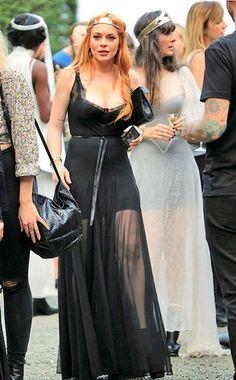 Lindsay Lohan curte balada com suposto novo namorado