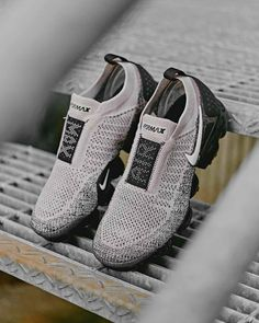 official photos ead5d 45af2 Nike Air VaporMax Flyknit Moc 2 Moon Particle   Black