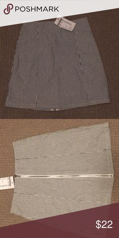 Brandy Melville Striper Seersucker Skirt New with tags. Listed as one size fits all but price tag says XS/S Brandy Melville Skirts