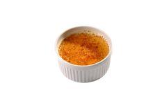Creme brulee Originální a světoznámý francouzský dezert je tvořen jemným vanilkový krémem a karamelizovanou křupavou krustou na povrchu.
