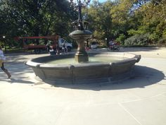 """The fountain from """"Friends"""" in Central Park New York Pictures, Before I Die, Short Trip, Central Park, Statue Of Liberty, Fountain, Bucket, Nyc, Friends"""
