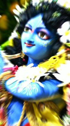 Radha Krishna Songs, Krishna Mantra, Krishna Flute, Radha Krishna Love, Radhe Krishna, Shree Krishna Wallpapers, Lord Krishna Hd Wallpaper, Happy Janmashtami, Krishna Janmashtami