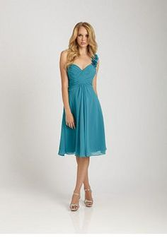 Stunning Chiffon A line Natural Waist One Shoulder Maid of Honor Dresses - Lunadress.co.uk