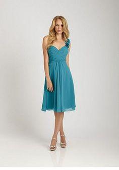 Stunning Chiffon A line Natural Waist One Shoulder Maid of Honor Dresses - Lunadress.co.uk