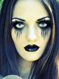 Halloween make-up ideas are the creepy make-up idea is particularly suitable for Halloween women. 60 Creepy Makeup Ideas for women – Makeup Sugar Skull. 30 Diy Halloween Costumes, Looks Halloween, Creepy Halloween, Halloween Face Makeup, Costume Ideas, Scarecrow Makeup, Scary Witch, Women Halloween, Halloween Horror