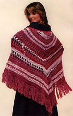 Triangular shawl to #crochet. Step-by-step instructions