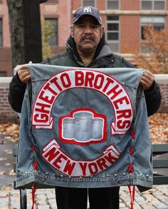 Ghetto Brothers Gang in New York - One Of The Most Dangerous Gangs in The World Full Documentary Puerto Rico, Famous Graffiti Artists, New York One, Old School Fashion, New York Daily News, York Street, Brooklyn New York, Motorcycle Clubs, Big Love