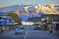 Wanaka, South Island (http://www.lakewanaka.co.nz/). Probably my favourite place in NZ. Cute little town, a beautiful lake, and surrounded by stunning mountains. Jumping off point for Mt Aspiring National Park, and skiing at Cardrona, Treble Cone, Coronet Peak and The Remarkables.
