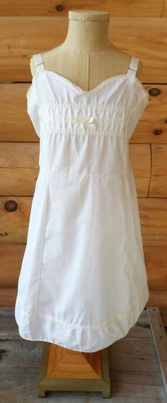 Vintage Girls Size 10 Carol Evans Kodel Polyester & Pima Cottom Dress Slip