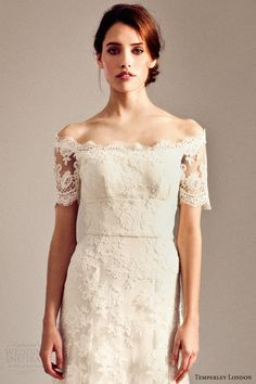 temperley bridal fall 2014 iris collection sienna lace wedding dress close up bodice