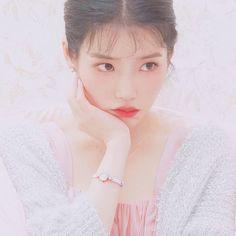 Korean Actresses, Korean Actors, Blackpink Photos, Girl Photos, Kpop Girl Groups, Kpop Girls, Kim Sejeong, Beautiful Muslim Women, Love U Forever