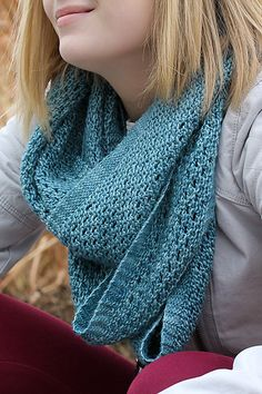 Ravelry: Yoli Loop pattern by Jennifer Dassau, Ravelry #knitting #everydayDK
