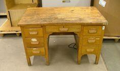First time refurbishing an old desk Old School Desks, Old Desks, Refurbished Desk, Desk Makeover, School Furniture, Home Projects, Office Desk, Corner Desk, Vintage