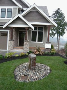House Colors Exterior With Rock Woods 53 Ideas - hennanight club Exterior Color Schemes, Grey Exterior, Exterior Paint Colors For House, Paint Colors For Home, Exterior Design, Siding Colors, Home Exterior Makeover, Exterior Remodel, Outside Paint