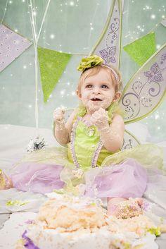 Tinker Bell Inspired Cake Smash Session