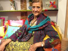 Interior designer LISA CORTI's passion for color and pattern was inspired by her childhood in Africa, her frequent trips to India and Southeast Asia and her current life in Italy where she operates stores in Milan, Florence and Rome. Florentine Medici frescoes and Nagaland shawls are two of the inspirations for her latest tapestry collections.