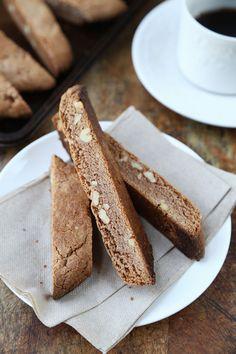 Nutella Biscotti Cookies | www.pickledplum.com
