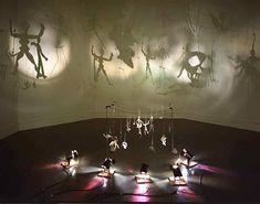 installation boltanski ombres pour marron