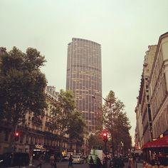 The tower Maine Montparnasse Paris, New York Skyline, Skyscraper, Maine, Multi Story Building, Tower, Travel, Montmartre Paris, Skyscrapers