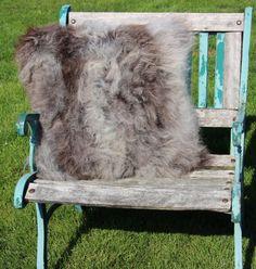 schapenvacht kussen nr. 8- 60cm