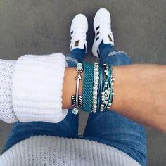 To get off Pura Vida Bracelets use the code Beach Bracelets, Pura Vida Bracelets, Cute Bracelets, Pandora Bracelets, Ankle Bracelets, Cute Jewelry, Jewelry Accessories, Fashion Accessories, Bijoux Diy