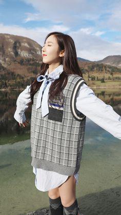 Gfriend starcast Friends in Adriatic Sea Kpop Girl Groups, Korean Girl Groups, Kpop Girls, Sinb Gfriend, Gfriend Sowon, Gfriend Album, G Gallery, Entertainment, G Friend