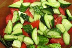 Mit mivel mikor???? Ezért nem ajánlott a paradicsomot, és az uborkát együtt enni! - Tudasfaja.com