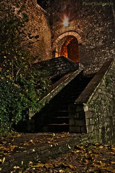 Door to Ioannina castle, Greece Greece Itinerary, Greece Travel, Beautiful Places To Visit, Places To See, Christmas In Greece, Empire Ottoman, Beautiful Castles, Thessaloniki, Scenery