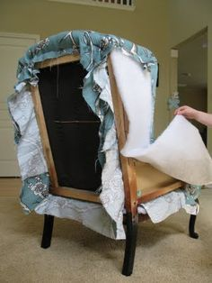 fantastic tutorial on how to reupholster a chair. I'll be glad I pinned this. #repurposedfurniturechair