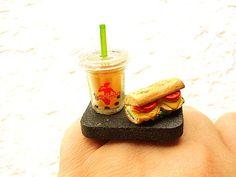style -  #woman -  #sandwich -  #jewelry